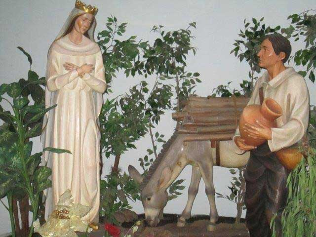 A diorama showing the apparition of Our Lady of Valleverde in Bovina, Italy