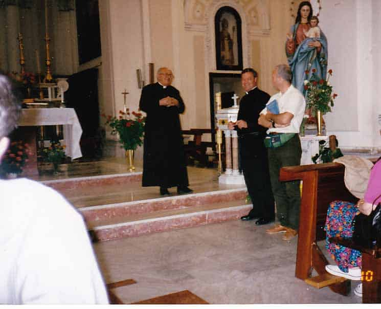 , Oliveto Citra, Italy: Apparitions of Our Lady