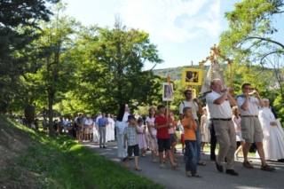 Procession with the statue of Our Lady of Laus