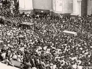 To the dismay of the authorities, a huge crowd turned out for the funeral of Blessed Miguel Pro