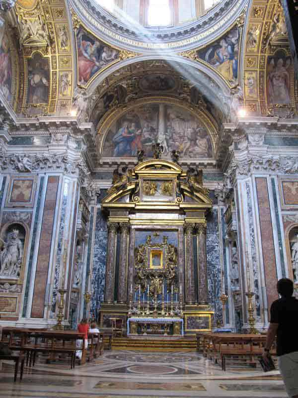 The side chapel in Saint Mary Major holding the relic of the crib of Christ