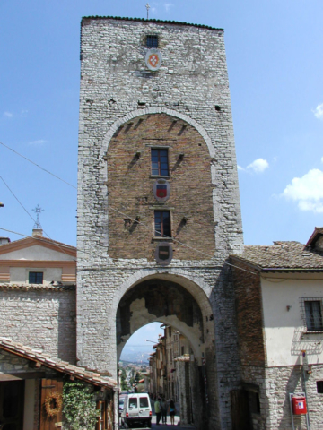 Entrance to the town of Gubbio