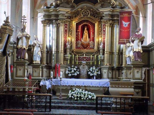 The Miraculous image above the altar at the Shrine in Skepe