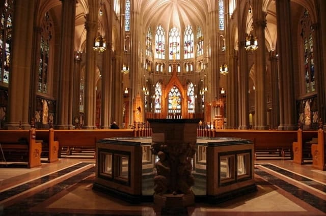 Interior nave and baptistery of Cathedral Basilica of the Assumption in Covington, Kentucky
